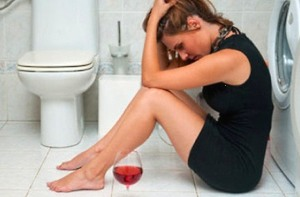 Симптомы алкоголизма у женщин