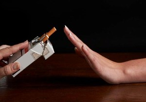 как самостоятельно бросить курить в домашних условиях